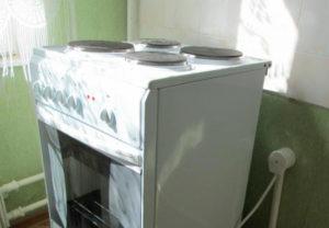 Подключаем плиту с помощью кабеля