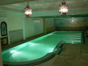 Подводная подсветка бассейна