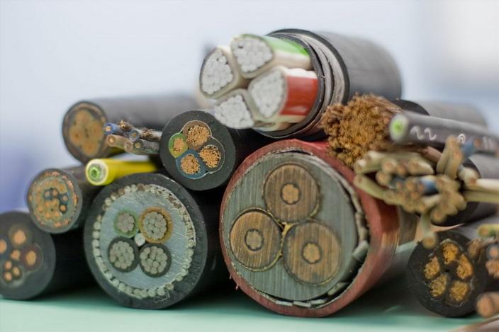 Различные вида кабелей по материалу изготовления жил