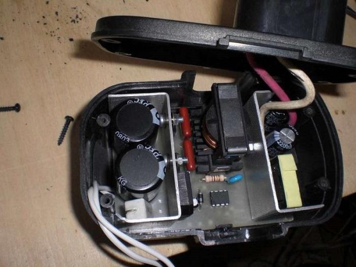 Внешний вид отсека для батарей