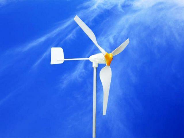 Трехлопастный ветряк на основе сканера