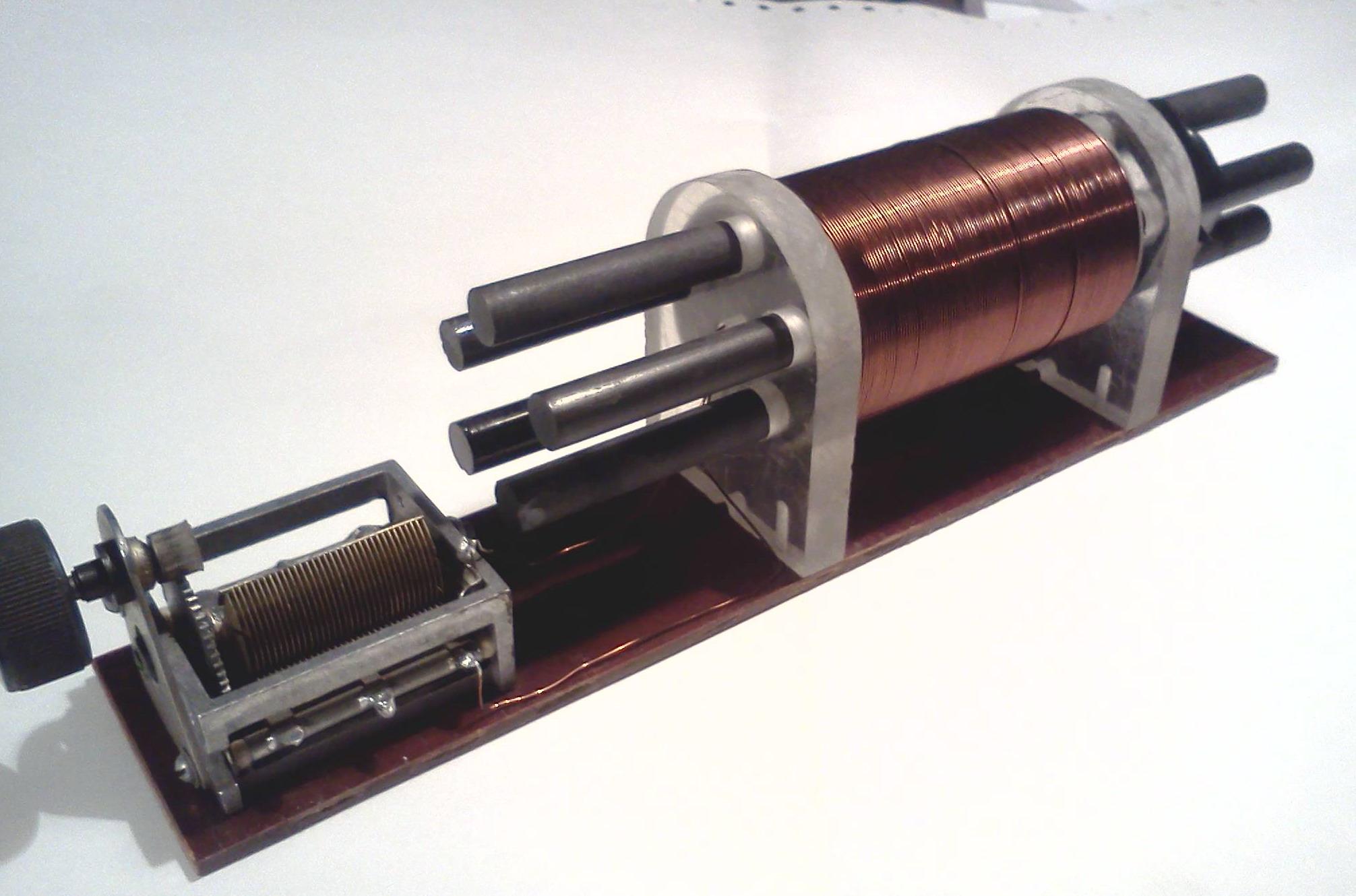 Кабель из коаксиала необходим для монтажа и настройки антенны
