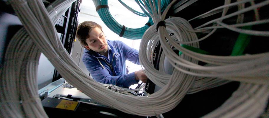 Наладка оптико-волоконной сети кабели