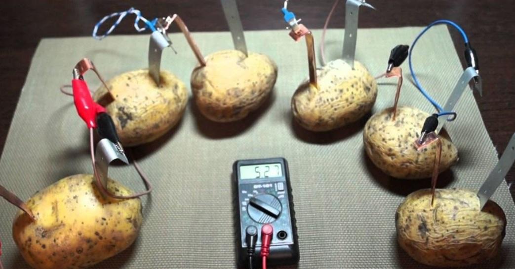 Батарейка из картошки