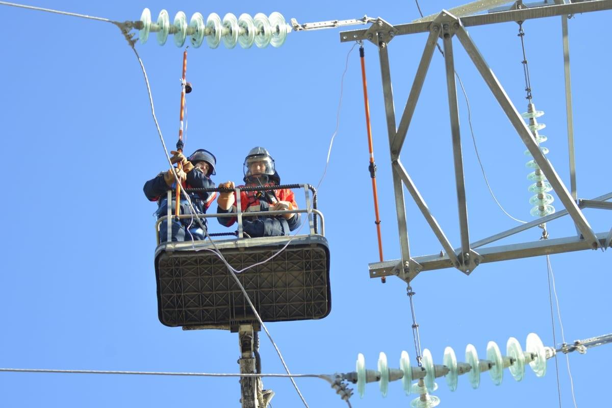 Профессиональная проверка рабочих параметров на воздушной линии электропередачи