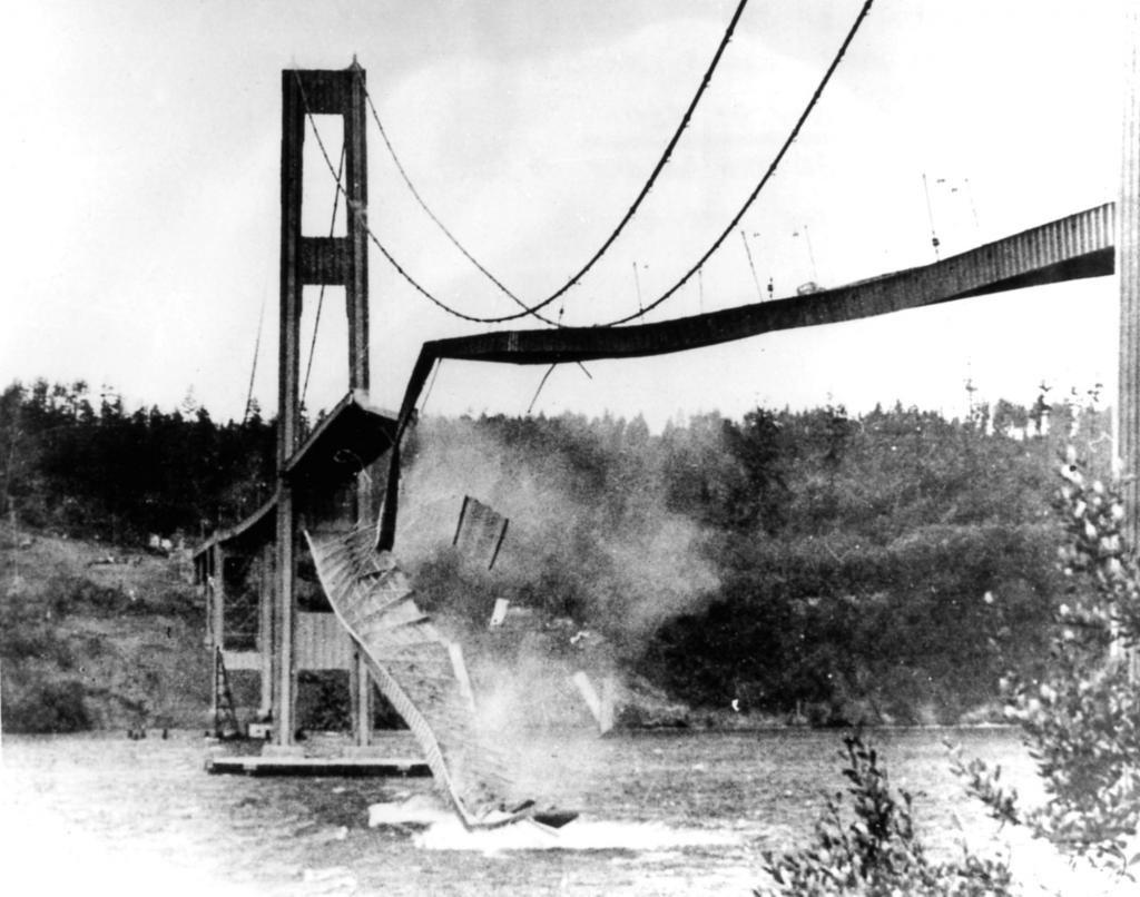 Разрушение стационарного моста в США (1940 год, штат Вашингтон)